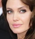 Angelina-jolie-120x134