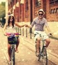 Fotos-de-parejas-alegres-120x134
