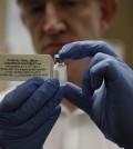 141009-ebola-vaccine-1354_19bdf1d9df9789fdcf9f7ca0205ab549-120x134